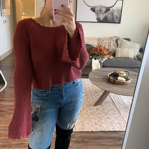 Cropped deep red sweater with bell sleeves✨